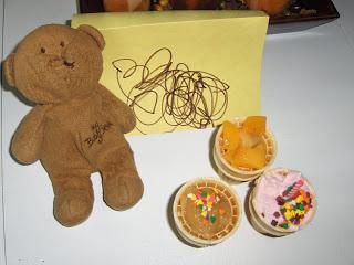 Muffin Tin Monday – Happy Birthday, Brown Bear!