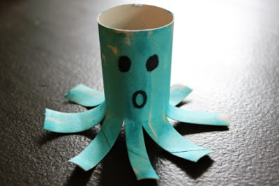 Toilet Paper Roll Alphabet Crafts – O is for Octopus