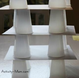 build a cup tower