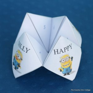 minion cootie catcher